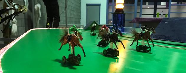 Indoor Fietskoersen of Paardenraces met mobiele piste