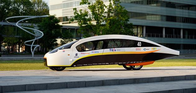 Presentatie gezinsauto op zonne-energie